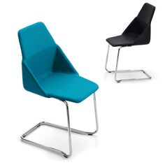 Created by the well-known Swedish designer Björn Dahlström, Canti is a chair with an austere and graphic, almost architectural, design. Offecct.