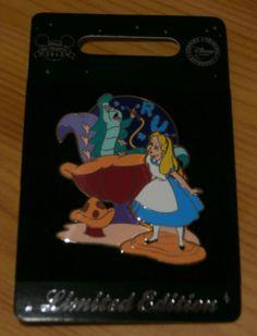 Pin-Disney-store-Alice-LE-400