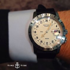 We love a Big Pilot as much as anyone but one of the surprise hits of the fair for us was the totally low-key Glycine Airman Vintage 1953. The Airman is a legit aviation piece and was standard issue in the US Airforce in the '60s and '70s. Clean, handsome, storied and affordable - that's a win.⚓️NOW LIVE ONLINE! Hit the URL above for more