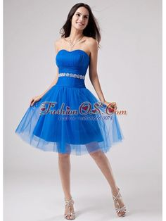Beading Strapless A-Line Knee-length Prom Dress Tulle  http://www.fashionos.com  This short blue prom dress is in hot selling in 2013! The sweetheart neckline, the pleated bust and a broad waistband adorned with a row of beadings to outline a figure-showing body. The knee-length skirt has a sheer tulle overlay that shows off your perfect legs and shoes. You'll be the belle of the ball in this blue pure ball gown! where to get prom dress | 2013 fashionable prom dress | blue prom dress |