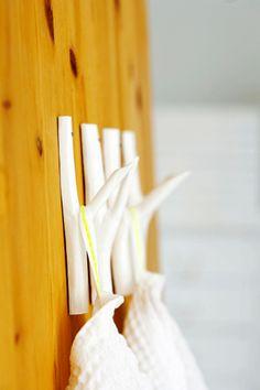 DIY Branch Hooks from Scandinavian Deko
