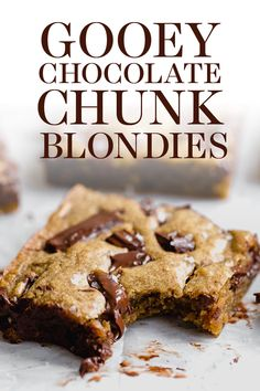Ultra flavorful Gooey Chocolate Chunk Blondies are ridiculously chewy, gooey, and absolutely loaded with chunks of chocolate. 35 minutes, no mixer required. Chewy Blondies Recipe, Chocolate Chip Blondies, Chocolate Chips, Chocolate Cake, Best Dessert Recipes, Easy Desserts, Sweet Recipes, Delicious Desserts, Bar Recipes