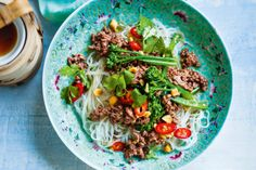 Here is a fresh idea for beef mince - try Valli Little& fast and fabulous Asian char siu beef with broccolini. Replace beef with heart smart pork Mince Recipes, Low Carb Recipes, Beef Recipes, Cooking Recipes, Healthy Recipes, Fast Recipes, Savoury Recipes, Noodle Recipes, Savoury Dishes