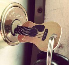 Acoustic guitar key by Rockin Keys, #llaves