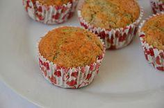 Palavras que enchem a barriga: Muffins de limonada de frutos silvestres e uma ida às urgências.