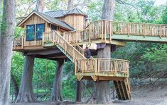 We posit that this treehouse, lofted in three breathtaking cypresses at Treehouse Utopia, is the world's first-ever treetop chateau! Tiny Cabins, Tiny House Cabin, Tiny House Living, Tiny House Plans, Tree House Designs, Tiny House Design, Ship Ladder, Normal House, Baton Rouge
