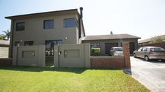 Houses & Flats for Sale in Brackenfell - Search Gumtree South Africa for your dream home in Brackenfell today! Gumtree South Africa, Flats For Sale, Open Plan, Separate, Swimming Pools, Bathrooms, Home And Family, Shed, Dining Room