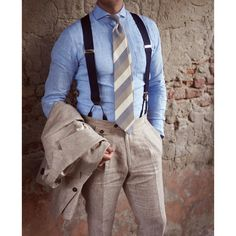 Linen is for summer.  Linen suit, linen shirt, linen blended tie.  Want to learn how to summer in style? Give us a call. We can help! www.BeckettRobb.com
