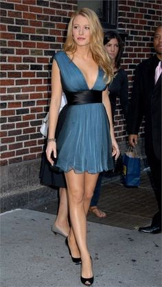 Mode Blake Lively, Blake Lively Style, Blake Lively Body, Blake Lively Fashion, Blake Lively Dress, Beautiful Legs, Most Beautiful Women, Sexy Outfits, Sexy Dresses