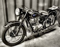 10_outstanding_vintage_motorcycles4 10_outstanding_vintage_motorcycles4