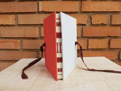 Ed. Única :: Pink #encadernação #cadernoartesanal #feitoamao #bookbinding #handmade #papelaria