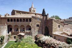 Angels Residence #gettingmarriedinUmbria #Italianwedding #Umbriawedding www.italianstyleweddings.com