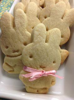 # Nijntje #koekjes bakken Miffy Biscuits