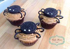 Halloween cupcakes oreo-spider