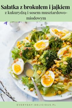 Broccoli egg salad with corn and honey mustard dressing. Sprinkled with crunchy toasted flaked almonds and peppery garden cress. Best Salad Recipes, Salad Dressing Recipes, Chicken Salad Recipes, Real Food Recipes, Vegetarian Recipes, Healthy Recipes, Salad Dressings, Savoury Recipes, Savoury Dishes