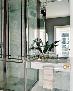 Lindíssimo esse banheiro #Banheiro #Bathroom #salle de bain #Casa #lar #home #house # maison #Decoração #decoration #detalhes #decor #adornment #ornament #details #estiloso #Luxuoso #Elegante #lindo #Pretty