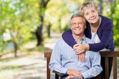 Egyre több német nyugdíjas él Németországon kívül Crowd, How To Become, Celebs, Humor, Couple Photos, Grandparents, Window, Earth, Fun