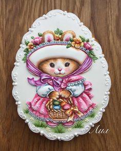 "387 個讚,17 則留言 - Instagram 上的 Лил(@lil_artjulia):「 Пряник ""Красная Шапочка"". Возможно, вам будет интересно его пошаговое исполнение. #handmadecookies… 」"
