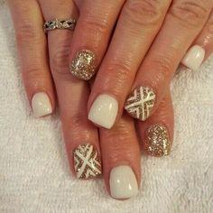 Nails blanco greca