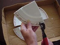 How to nip china plates with wheel cutter.(detailed tutorial)
