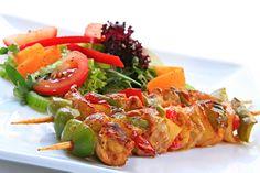 How to Make Delicious Chicken Shashlik: English – Urdu Recipe Healthy Prepared Meals, Healthy Eating Tips, Healthy Recipes, Prepared Meal Delivery, Healthy Food Delivery, Free Delivery, Chicken Shashlik, Veg Restaurant, Mothers Day Dinner