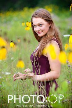 High school senior, senior portrait, senior portrait session, high school senior in a field