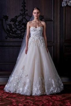 Monique Lhuillier Spring 2016 Bridal. Oh my this is stunning!!!!
