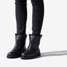 RUBBER SOLE BOOT W/LINING - BLACK