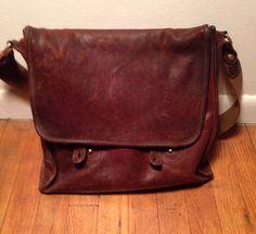 e1e6908e2c8 Ghurka Messenger Bag (Men s Pre-owned Vintage Brown Leather Houndstooth  Interior Fabric Shoulder Bag)