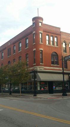 Sloans Calzones Restaurant On Merchant And Prairie In Downtown Decatur Illinois