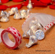 Make an easy Valentine gift bag!