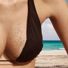 Pour un corps de rêve sous le soleil, on s'y prend dès maintenant avec quelques exercices à réaliser chez vous à la maison. Objectif: des seins fermes.