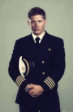 Jensen/ Dean Winchester ... HOT in a uniform damnnn