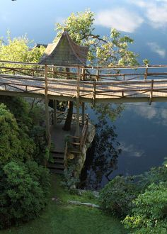 Mohonk Mt House in late summer light:photo Jan Johnsen author of 'Heaven is a Garden'