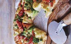 Que Tal Virtual | Revista Sociales San Luis Potosí, S.L.P. | PIZZA DE PAN ÁRABE CON JITOMATES Y VERDURAS #receta #pizza #ideascocina