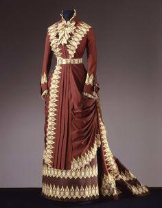 Worth day dress ca. 1880 From the Galleria del Costume di Palazzo...