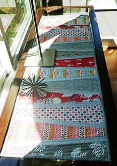 table runner from Modern Patchwork Mag. by Jacquie Gering | Flickr - Photo Sharing!