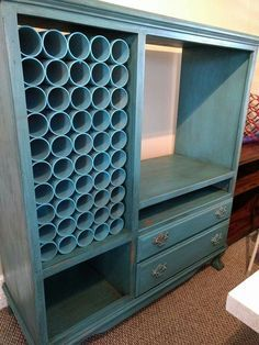PVC Pipe Organizing and Storage Ideas These are an creative PVC pipe storage inspiration for you.These are an creative PVC pipe storage inspiration for you. Pvc Pipe Storage, Craft Room Storage, Craft Organization, Diy Vinyl Storage, Sewing Room Storage, Ribbon Storage, Wine Storage, Space Crafts, Home Crafts