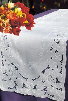 49d84eab5659cd01aa8e85ecf7014a84--lace-beadwork-chrochet.jpg (328×485)