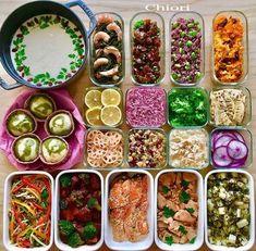お弁当もラクラク糖質オフ♡簡単「低糖質作り置きおかず」15選 - LOCARI(ロカリ) Low Carb Keto, Low Carb Recipes, Cooking Recipes, Healthy Recipes, Great Recipes, Favorite Recipes, Rainbow Food, Make Ahead Meals, Diet Menu
