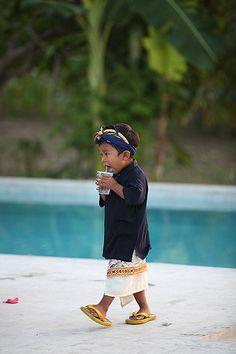 Balinese boy www.rudisbalitours.com