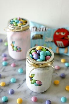 [ad] Check out M&M's Vanilla Cupcake, only at Target this Easter season! They look so cute peeking out painted mason jars. (Save on your favorite treats with the Cartwheel app!)