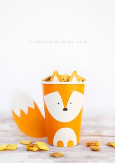 Aren't these woodland critters the cutest? Make this craft with the kids and fill them up with goodies and use as party favors, classroom treats, or decorations for your Thanksgiving table this fall.