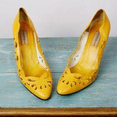 vintage shoes! $32