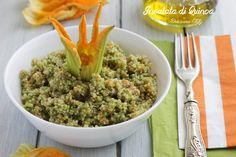 Questa delicata Insalata di Quinoa e Fiori di zucca è semplicissima da preparare e al 100% salutare, perfetta anche per i vegani ;)