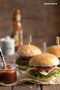 Nicest Things – Food, Interior, DIY: Das beste Burger-Rezept mit selbstgemachten… Nicest Things – Food, Interior, DIY: The Best Burger Recipe with Homemade Buns (Thermomix) Best Burger Buns, The Best Burger, Best Burger Recipe, Good Burger, Burger Food, Grilling Recipes, Beef Recipes, Vegetable Recipes, Healthy Recipes