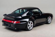 Porsche 911 Models, Porsche 911 993, Porsche Cars, Vw Racing, Custom Porsche, Vintage Porsche, Top Cars, Ford Mustang Gt, Fast Cars
