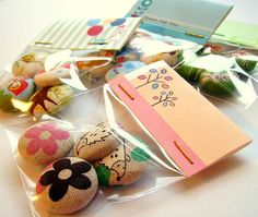 Button packaging! by creamrose32, via Flickr