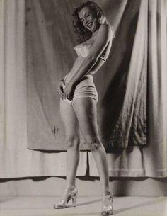 naked-marilyn-monroe (5)
