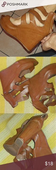 Cute brown wedges 💞Fab February giveaway💞 Any purchase over 15 will receive a free choker/fashion jeweler of your choice while supplies last. Uploading more daily. Jeweler has to be under 10 dollars   Cute brown wedges. Size 10. Great condition. Message me for more details. Thank you for looking have a great day. #Massimo #size10 #wedges #brown #cute #spring #summer Shoes Platforms